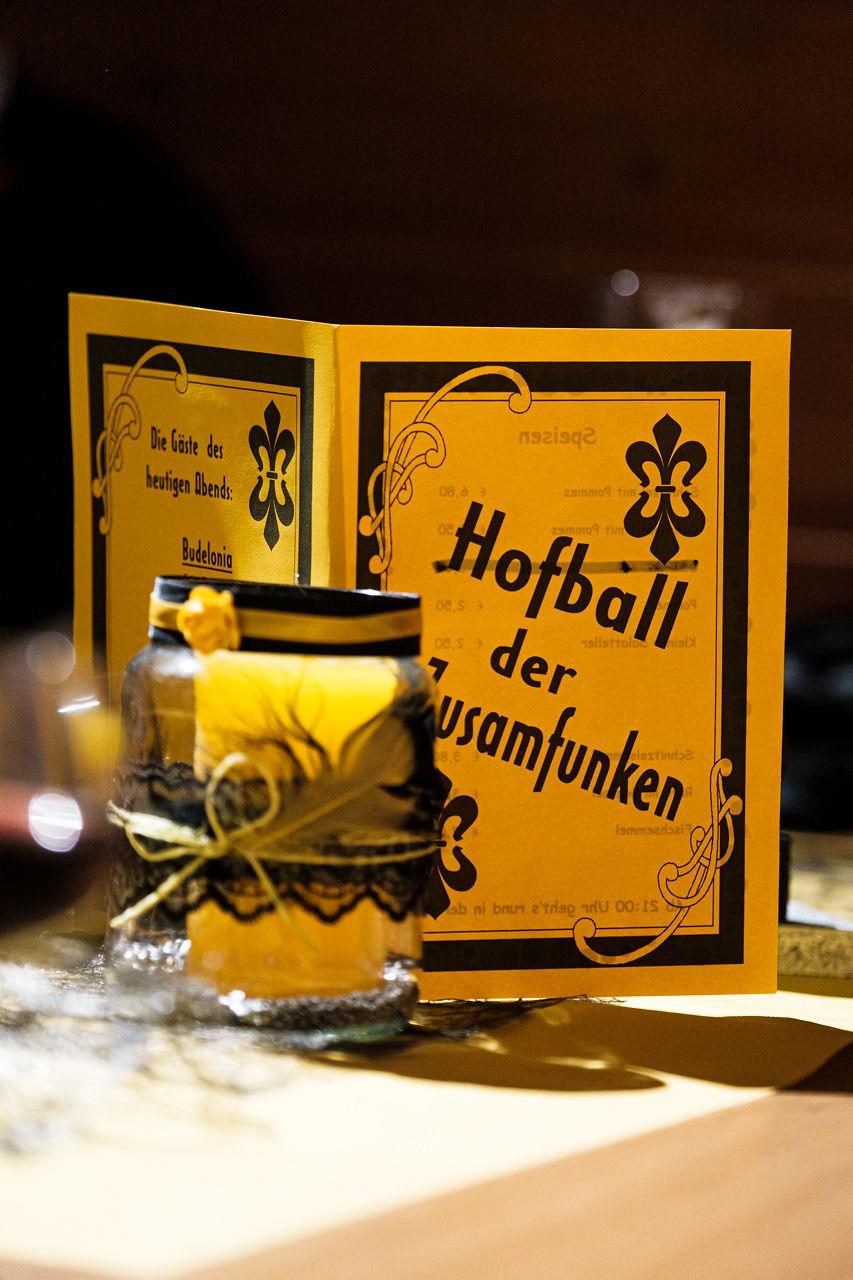 004-Zusamfunken-Hofball-2020