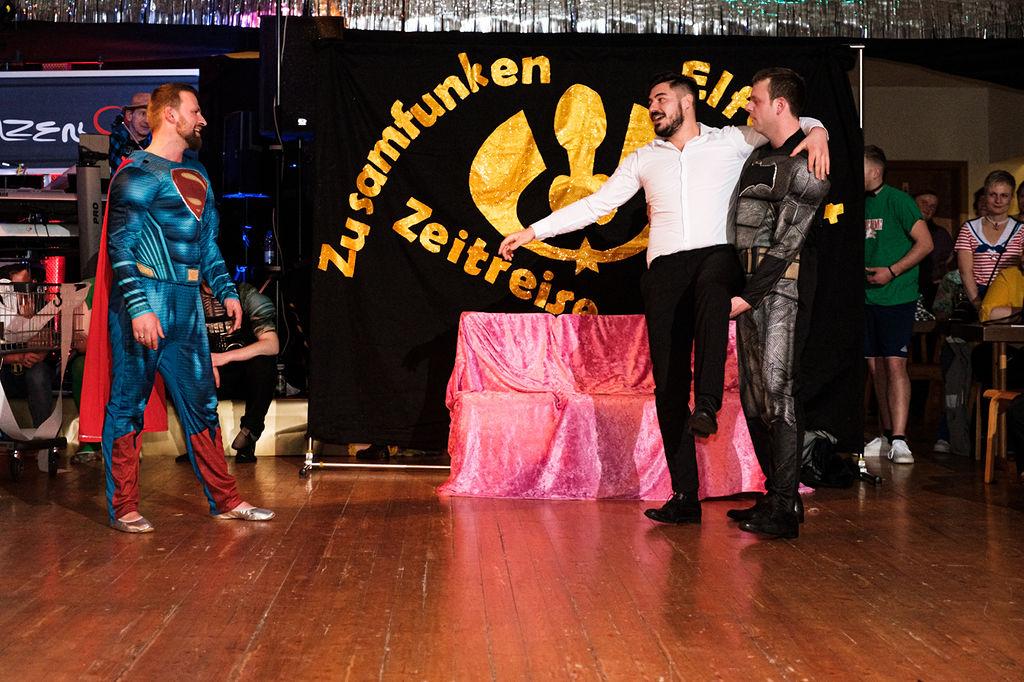 801-Zusamfunken-Hofball-2020
